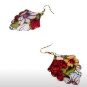 Plunder Currant Earrings